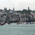 Guernsey - St Peter Port von der Seeseite