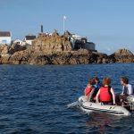 Die Inselgruppe der Ecrehous vor Jersey