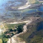 Lihou von L'Eree auf Guernsey aus gesehen